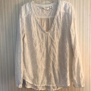 H & M White On White Embroidered Top V Neck Sz 10